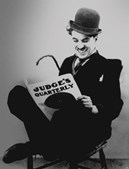 Charles Chaplin, ator e humorista britânico, é uma das personalidades mais famosas da era do cinema mudo