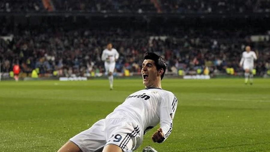 Álvaro Morata tem 20 anos, é destro e é internacional sub-20 espanhol