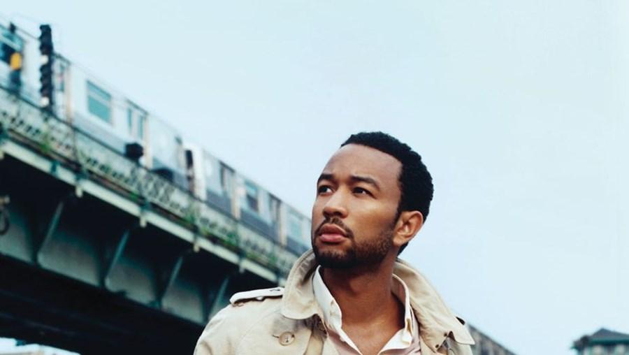 Aos 34 anos, John Legend edita disco 'Love in the Future' em setembro