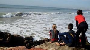 Descarga de esgotos interdita praias de Quarteira