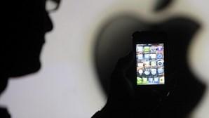 Compra duas maçãs em vez de iPhones da Apple