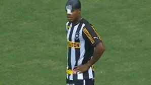 André Bahia marcou… na baliza errada