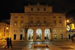 3. Teatro Nacional de São Carlos: Palco de grandes espectáculos líricos, concertos sinfónicos e bailados