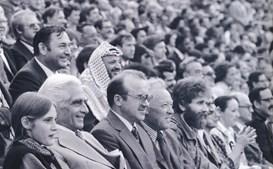 Ao lado da sua única filha, Ana Cunhal, na cerimónia de abertura dos Jogos Olímpicos de 1980, disputados em Moscovo