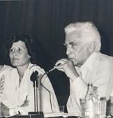 Junto à sua companheira, Fernanda Barroso