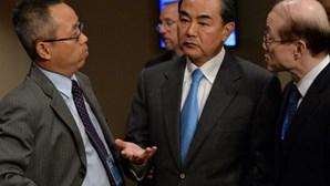 ONU aprova resolução histórica sobre armas químicas