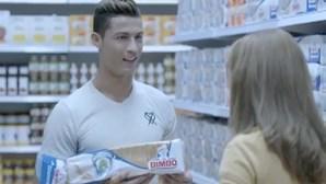 Bimbo troca Messi por Ronaldo