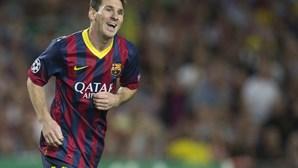 Messi afastado duas semanas dos relvados
