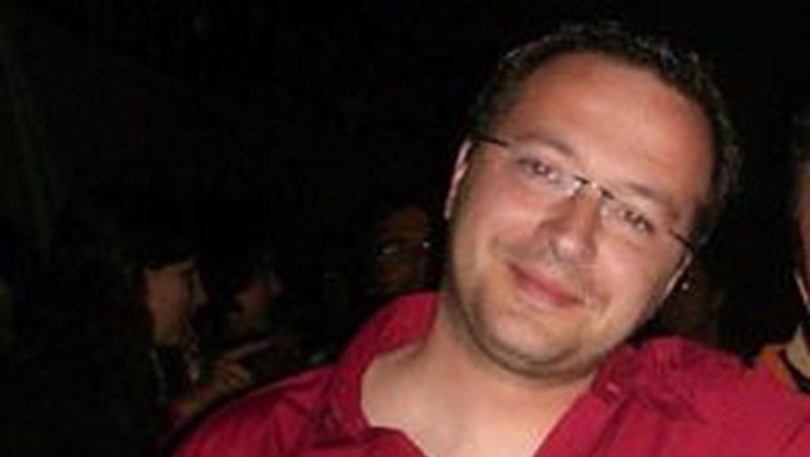 Luís Miguel Mendes, 37 anos, está em prisão domiciliária desde dezembro do ano passado, por crimes de pedofilia contra seis alunos do Seminário do Fundão, onde era vice-reitor