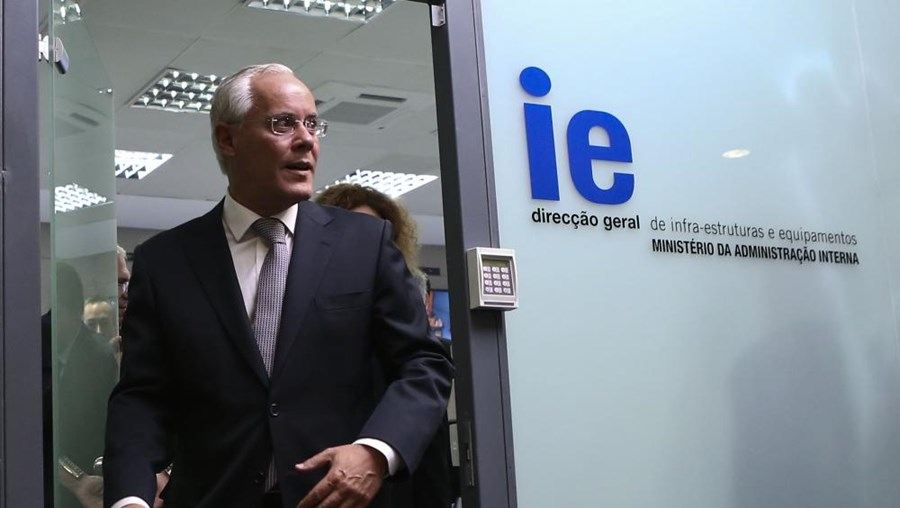 Miguel Macedo visita Centro de Recolha de Resultados Eleitorais