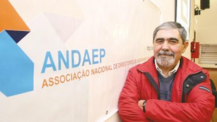 """Adalmiro Fonseca diz que o Ministério da Educação """"não ouve"""""""