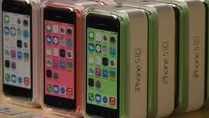 Novos iPhone à venda hoje em Portugal