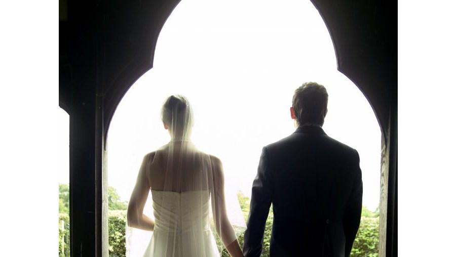 Casamento virou pesabedlo durante a noite de núpcias