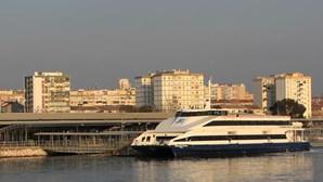 Greve parcial afeta barcos entre Barreiro e Lisboa