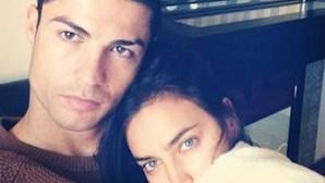 Ronaldo e Irina revelam fotos íntimas na Internet
