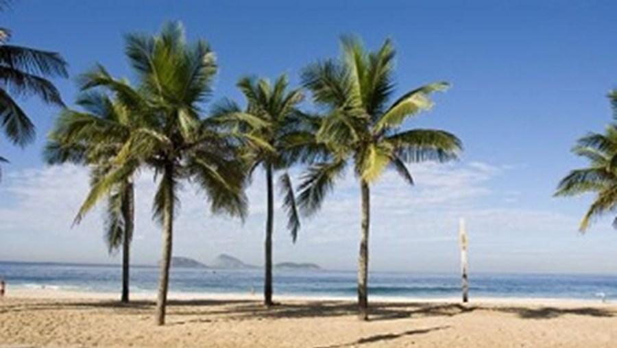 'Topleçasso' vai reunir mais de 3000 participantes na praia de Ipanema, no Brasil.