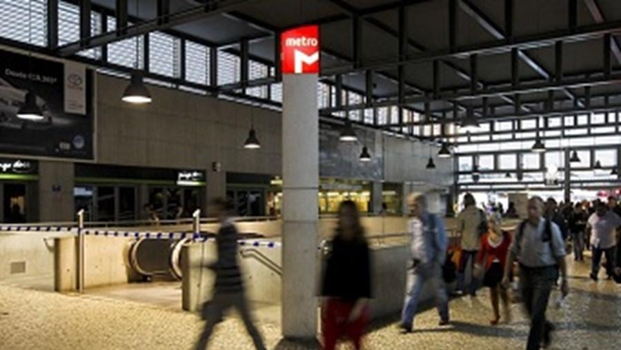 Estação de metro do Cais do Sodré em dia de greve