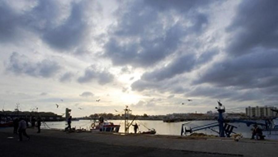 olhão, embarcação, pescadores, desaparecidos