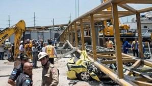 Quatro mortos em queda de ponte pedonal no Rio de Janeiro