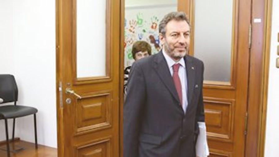 Ministro defendeu que investimento na Ciência tem de colocar ênfase na competitividade