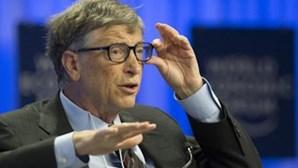 Bill Gates confessa que lava a louça todas as noites