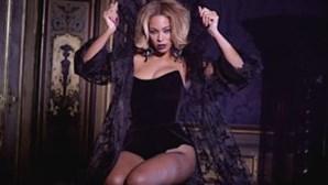 Beyoncé exibe o corpo em novo vídeo