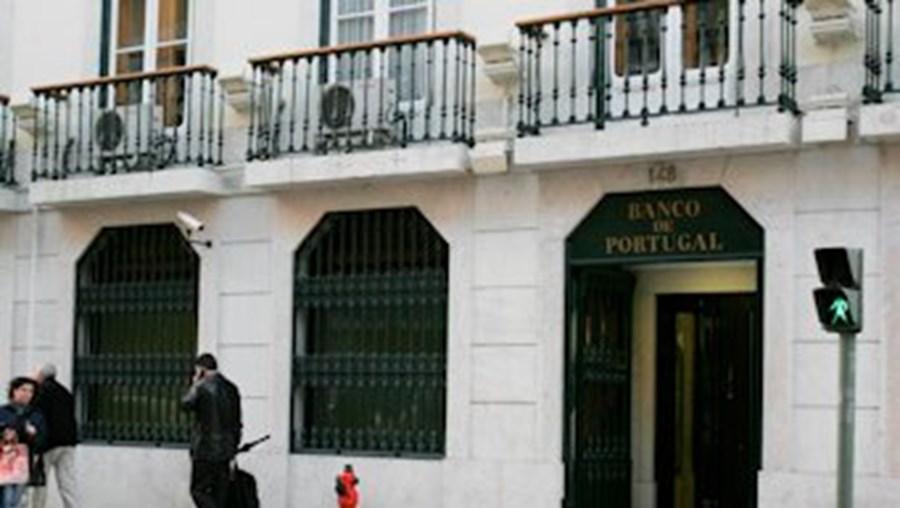 Banco de Portugal, advogados, Contrato com Sérvulo & Associados, Estado, SCUT, Parque Escolar