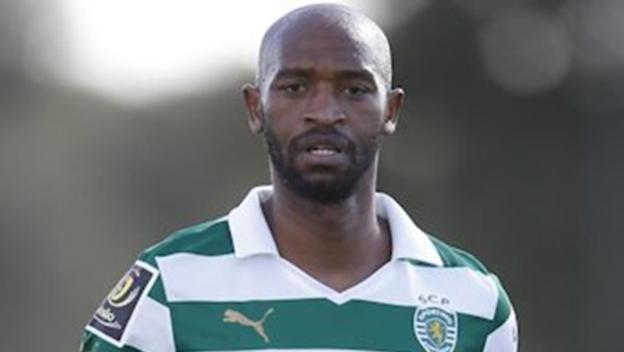 Falta de condição física e lesão no jogo de estreia da equipa B também não ajudam a convencer Jardim