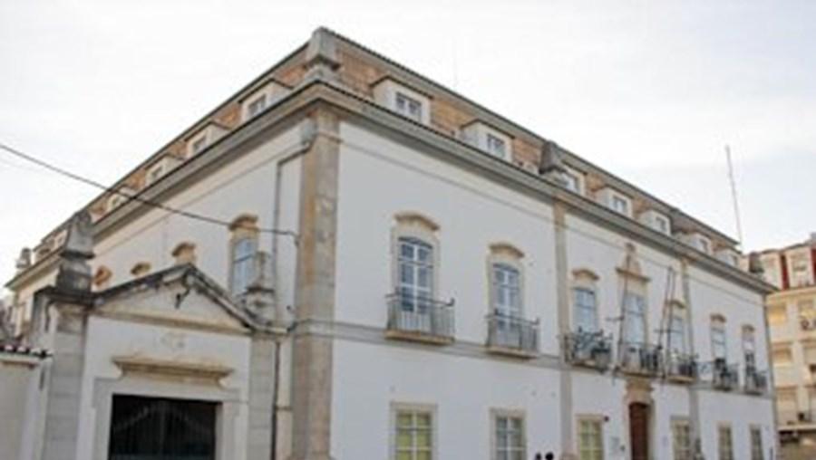 Câmara de Portimão optou por fazer hipoteca sobre imóveis para apresentar como garantia