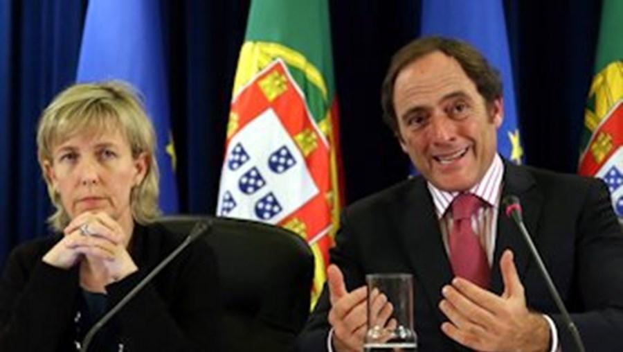 Maria Luís Albuquerque e Paulo Portas apresentaram os resultados da avaliação da troika