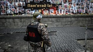 Rússia envia tropas para a Ucrânia