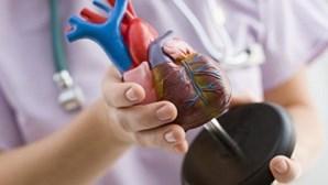 Falta de dadores de órgãos vai aumentar recurso a dispositivos que ajudam coração a bater
