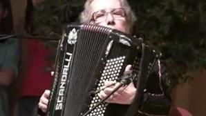 Morreu a acordeonista Eugénia Lima