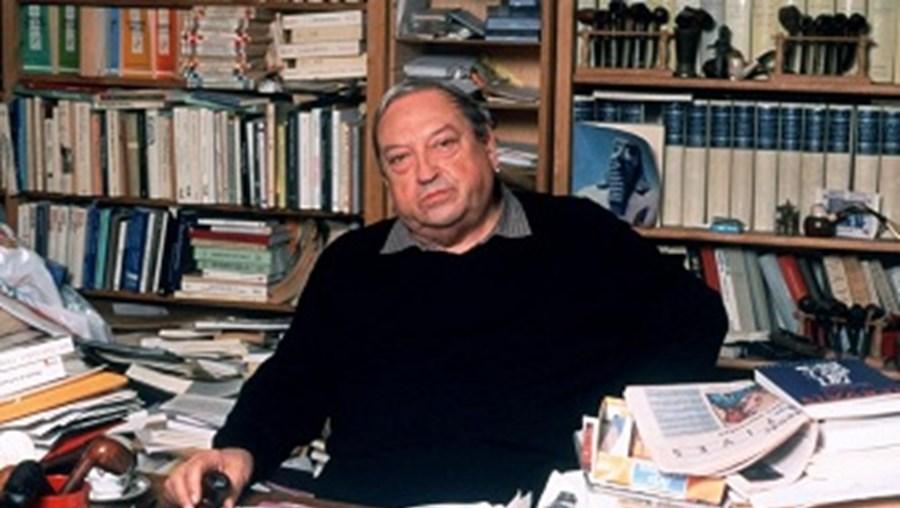 Historiador francês Jacques Le Goff, especialista em Idade Média