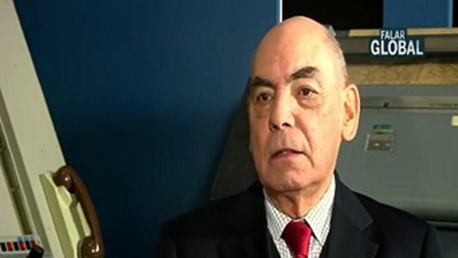 Falar Global,Fundação Portuguesa das Comunicações, robôs, General Loureiro dos Santos, militares, perigos