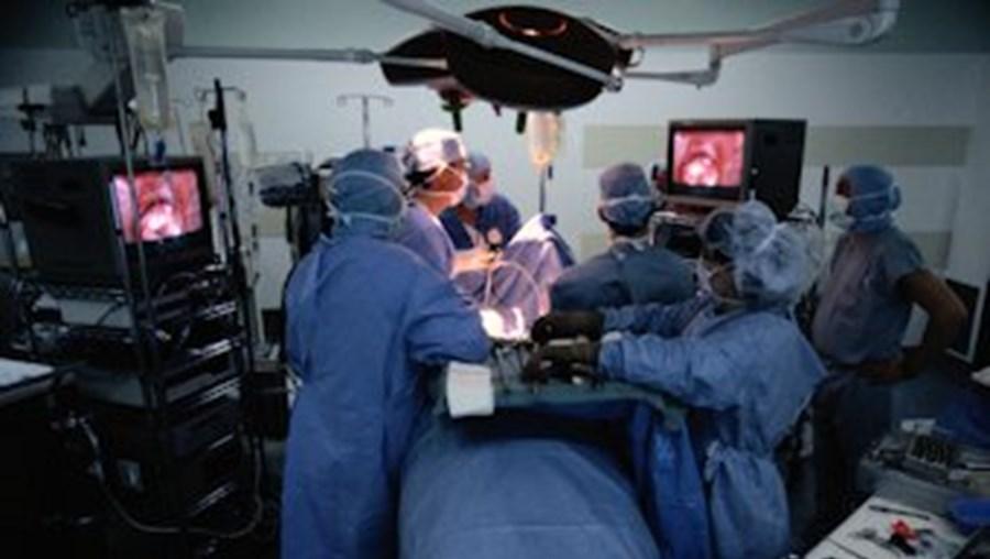 A remoção cirúrgica do tumor cerebral é o tratamento privilegiado, mas pode não ser adequado