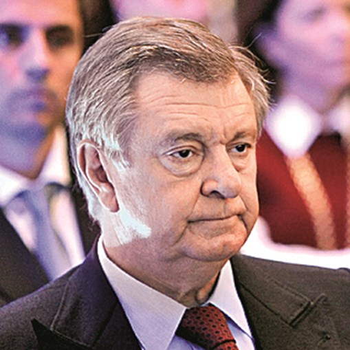 7º - Manuel Alfredo Mello - 667 milhões de euros