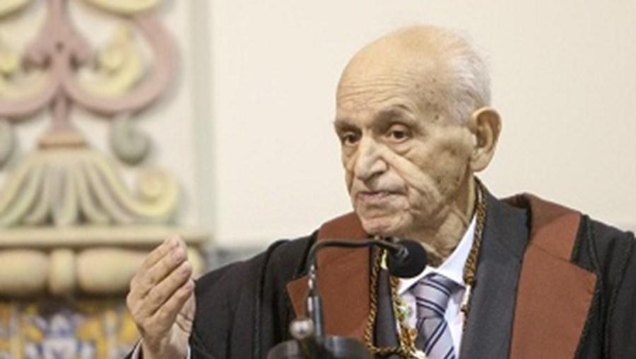 Antigo ministro da Educação e da Defesa Veiga Simão