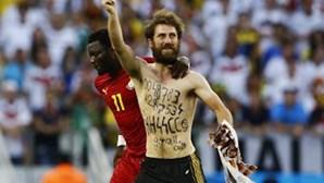 FIFA: invasões de campo não serão toleradas
