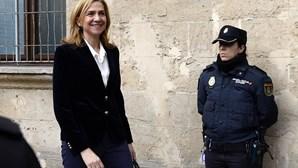 Infanta Cristina chamada ao banco dos réus