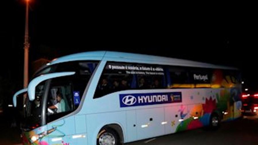 O regresso a Campinas após a goleada aconteceu de forma tranquila, com apenas 13 adeptos à espera do autocarro