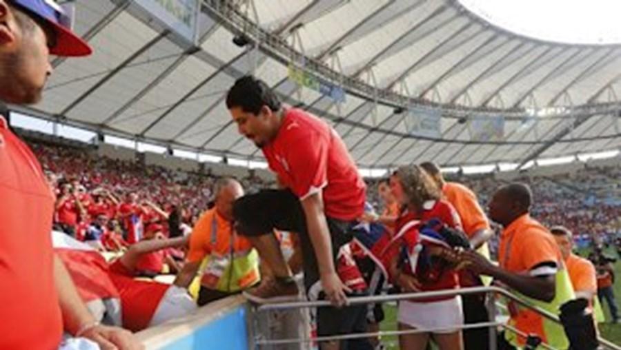 Mundial, 2014, dezenas, adeptos, chilenos, sem, bilhete, invadem, estádio, Maracanã