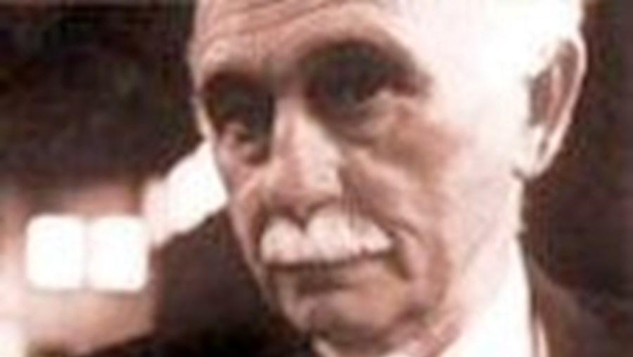 Em certos aspectos: Crónica de António Sousa Homem
