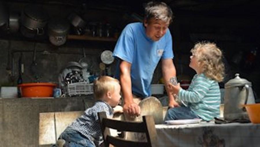 'CM' testemunhou ontem momentos de ternura entre Daniel, Mariana e o pai