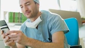 Médicos passam receitas através do telemóvel a partir de hoje