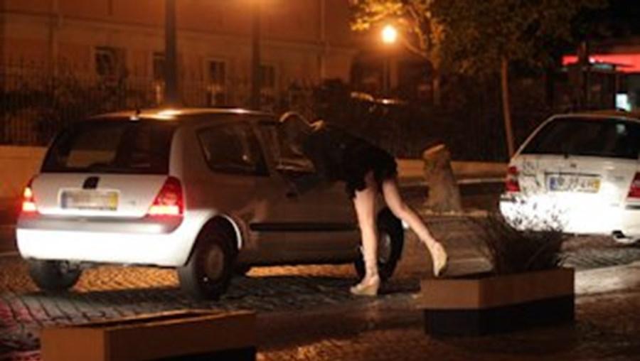 Em causa esteva a imposição de segurança a prostitutas na zona da rua da Artilharia I