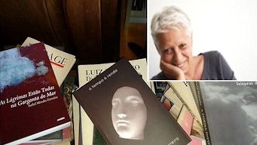 A escritora, poetisa e pintora, natural do Montijo, editou o seu primeiro livro de poesia em 1982