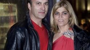 Conheça os 29 anos de casamento de Tony Carreira