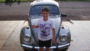 Compra carro aos 10 anos