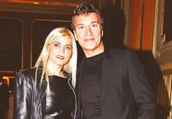 Tony Carreira e Fernanda casaram em 1985. O casal sempre mostrou viver uma relação feliz